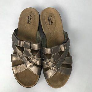 69c6958780c58 Clarks Women s Sandal Slip On Metallic Bronze 9